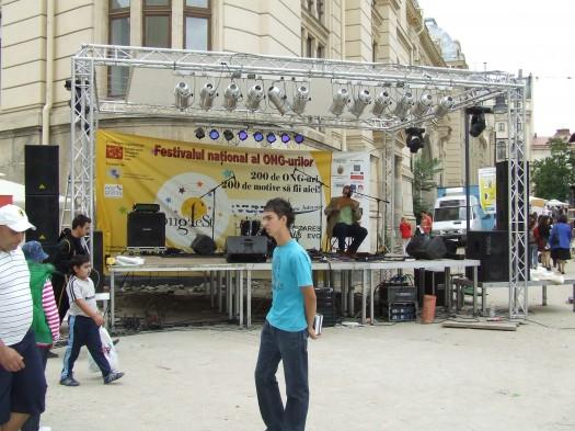 Azi la ONG Fest