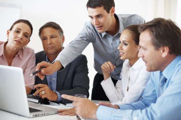 Servicii juridice externalizate – o salvare pentru antreprenori