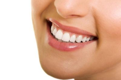 Ce rol au implanturile dentare?