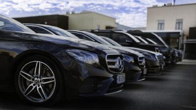 Serviciul rent a car – un mod util de a-ti petrece vacanta
